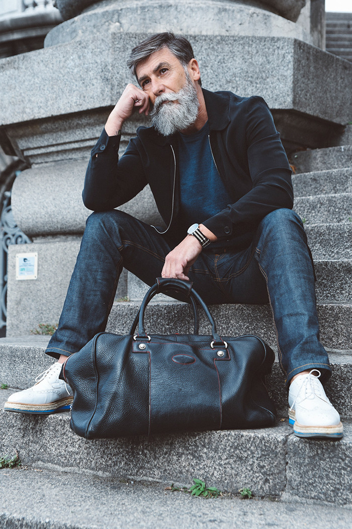 hipster-pensioner-fashion-model-philippe-dumas-8-575984771ebe1-png__700